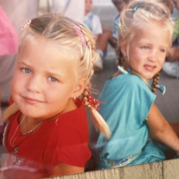 Ik en mijn tweelingzus